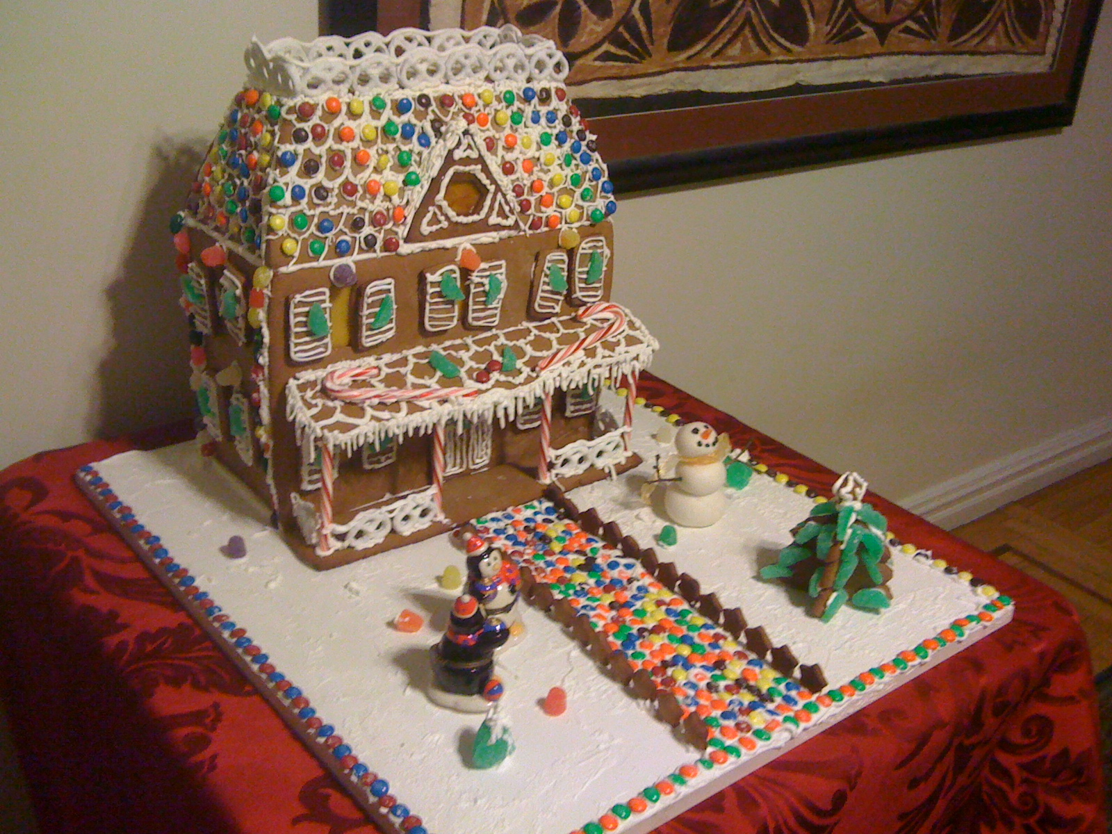 Gingerbread%20house%202011%20003.JPG